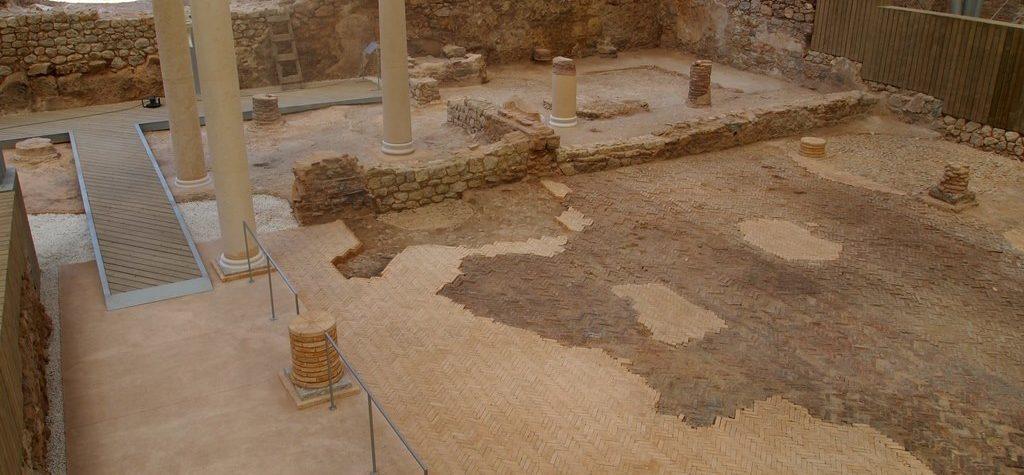 ladrillo restauración con ladrillos de cerámica manual